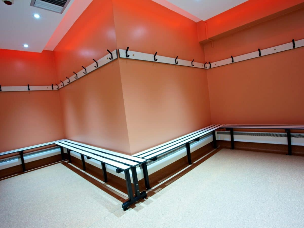 bench system for changing rooms