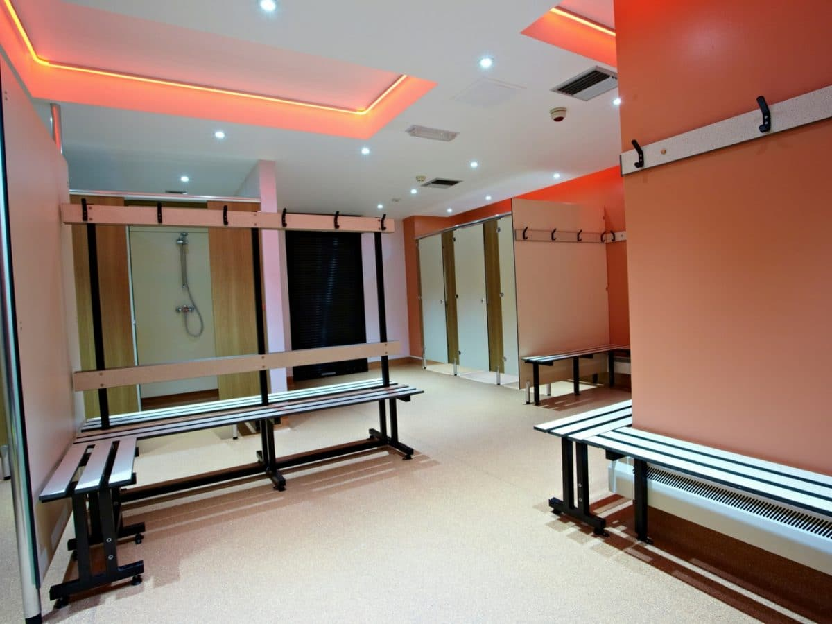 changing room shower benches