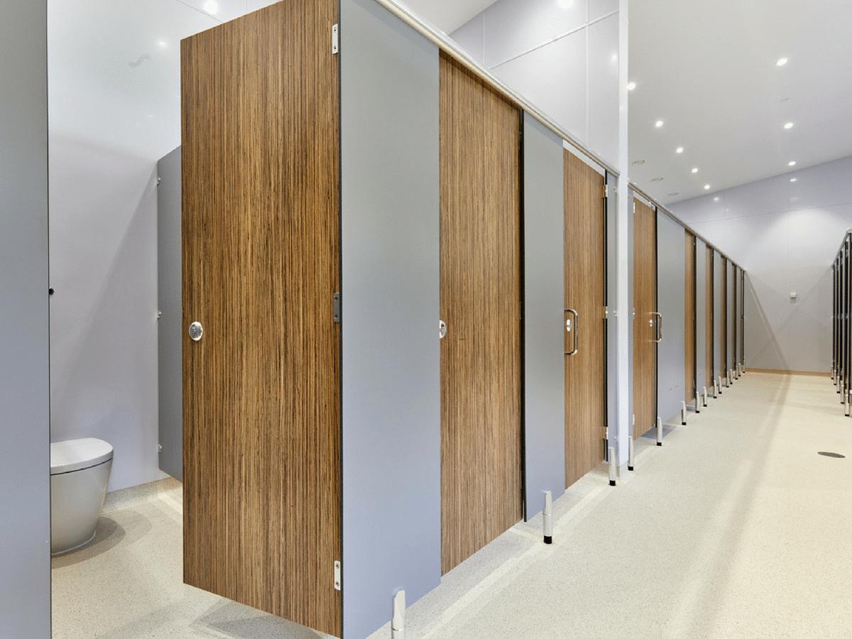 Challenger cubicles close up diagonal - wood grain