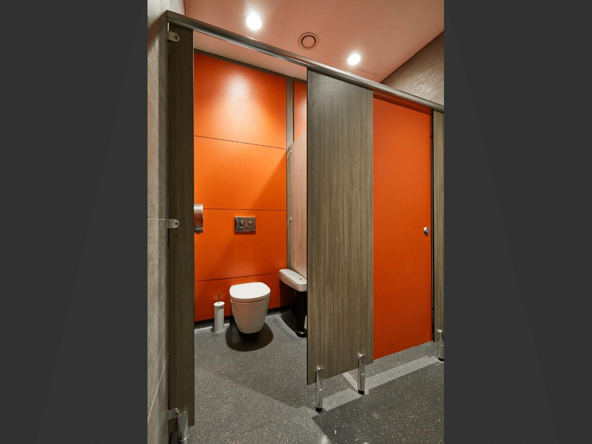 Challenger cubicles close up diagonal - wood grain & Orange