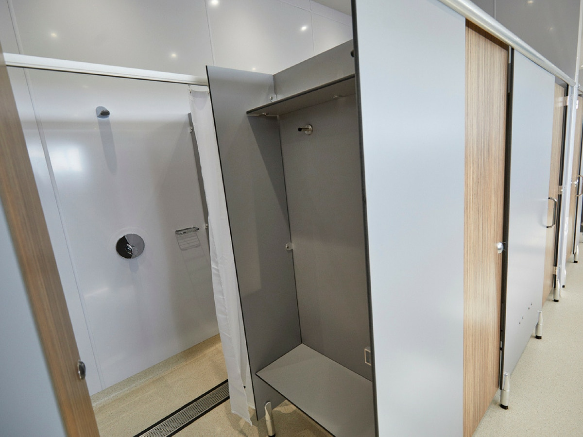 commercial shower cubicle doors